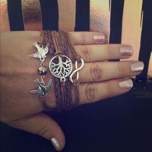 Jewelry - Infinity Bird Bracelet